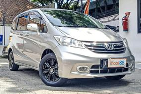 Honda FREED E NEW